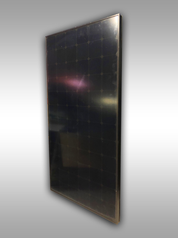 black sunpower 250W solar panel